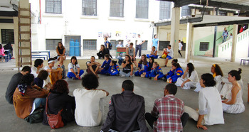 Medium_roda_conversa_virada_educa__o_600x319